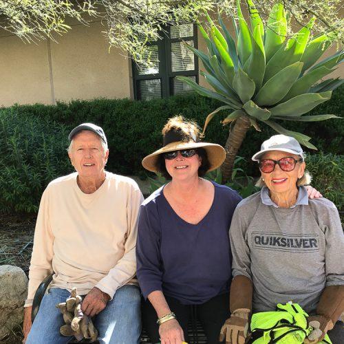Pasadena Beautiful volunteers